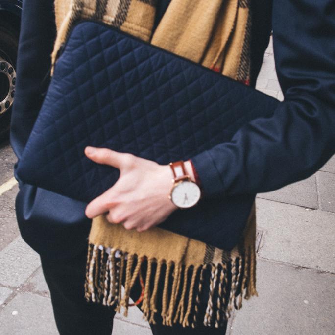 daniel wellington watch pijama case burberry scarf lookbook ootd
