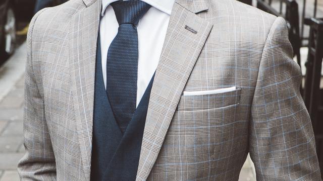 adam walker male stylist blogger suit