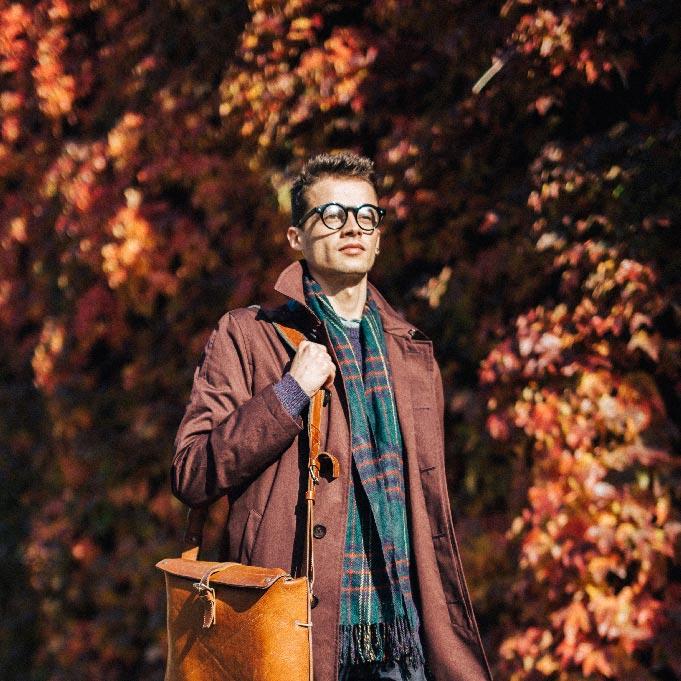 autumn-fall-london-john-lewis-christmas-lookbook-red-orange-11