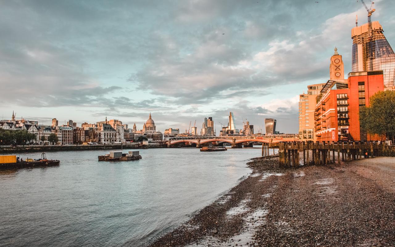exploring london embankment canon 5d dvsn-3