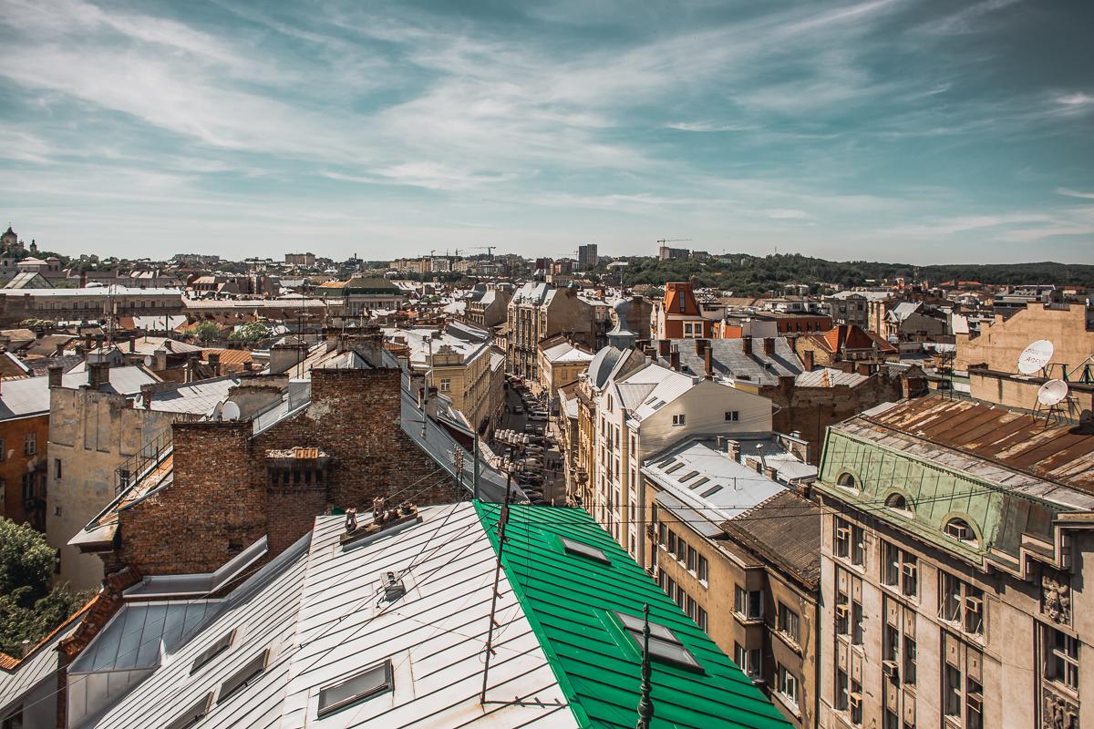 lviv rooftops explore